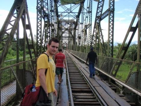 Yanik und seine Brücke