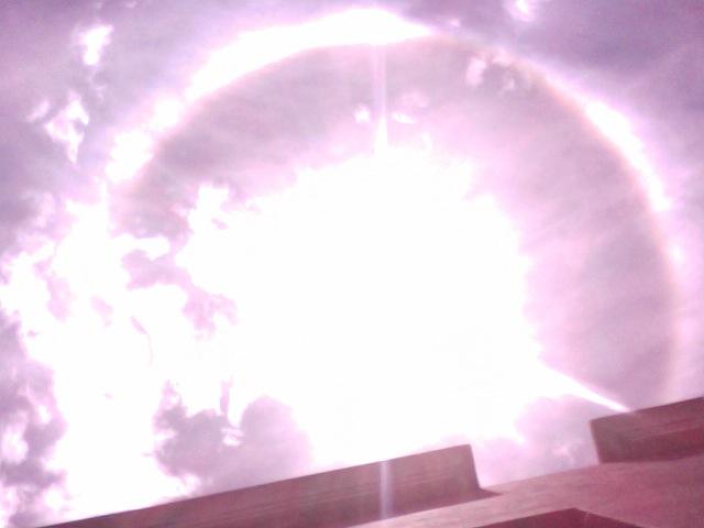 Sonne mit Ring 1